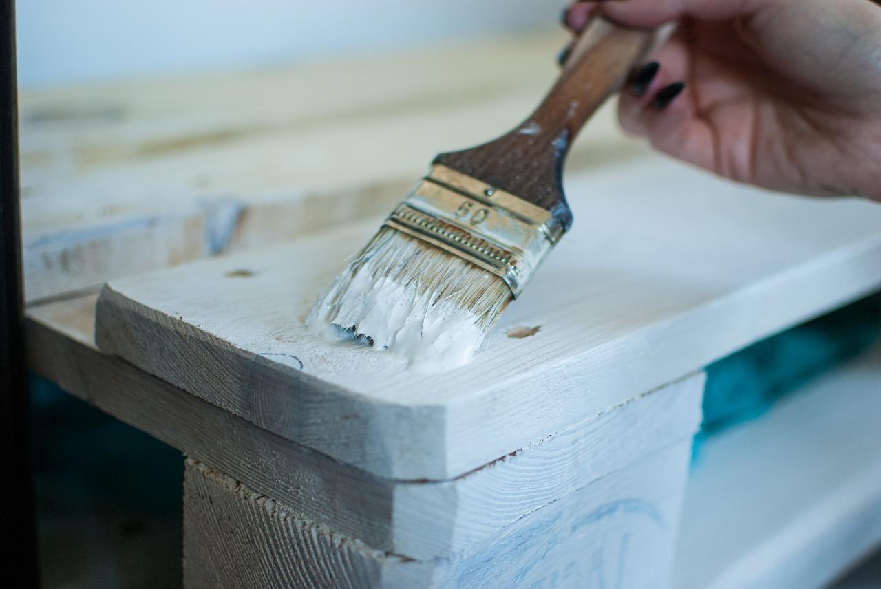 Malowanie mebli kuchennych – praktyczne wskazówki!
